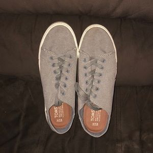 Toms Gray sneakers. Size 7.5